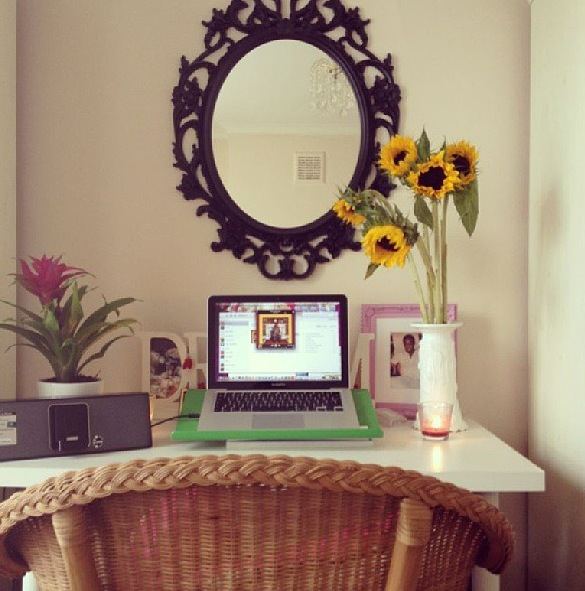 ABBEY'S WORKSPACE IN MOFE'S HOUSE