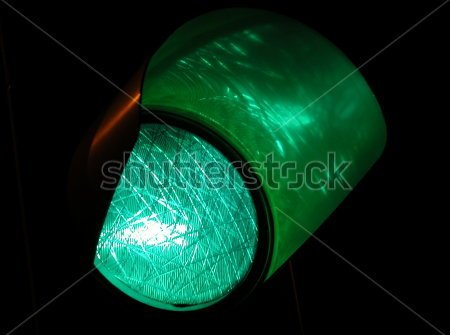 stock-photo-green-traffic-light-by-night-93335